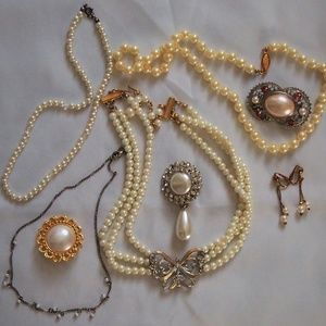 Vintage Pearl BUNDLE!  8 PCS Beads Rhinestones!